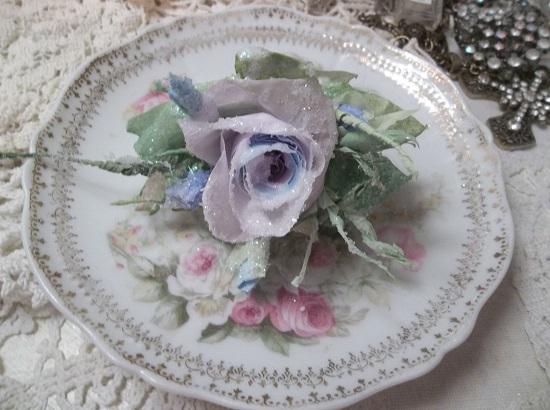 (Elizabeth)  GLITTERED Handmade Paper Rose Clip