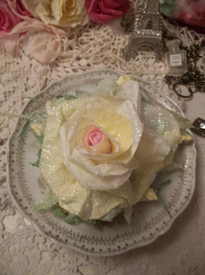 (Lemon Frost) Handmade Paper Rose Clip
