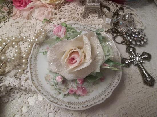 (Dearest) German Glass Glittered Handmade Paper Rose Clip
