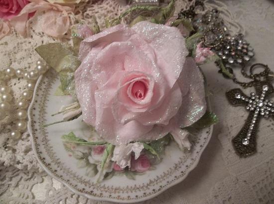 (Cheri) German Glass Glittered Handmade Paper Rose Clip