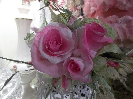 (Valencia) Handmade Paper Rose Clip