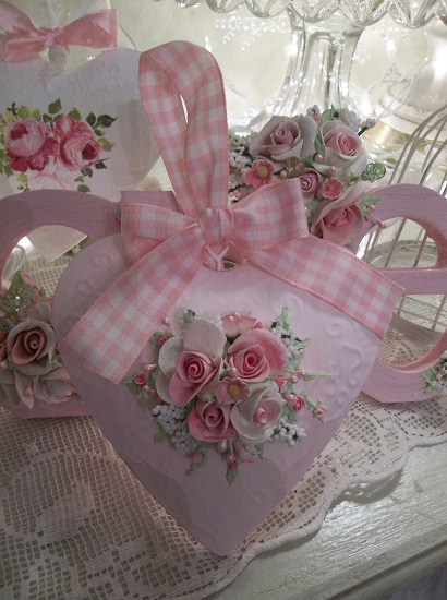 (Pure Love) Handpainted Tin Heart Ornament