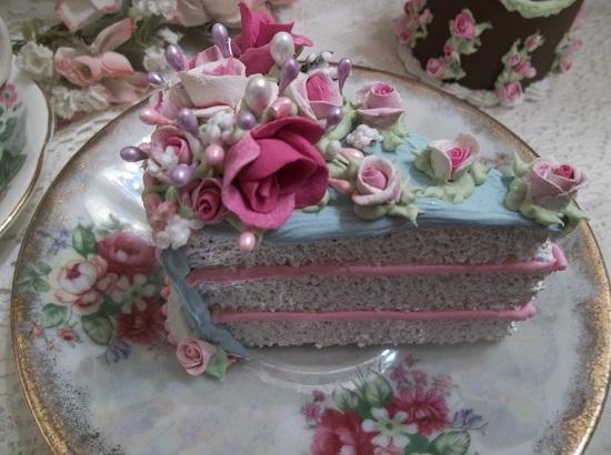 (Skyanna) Fake Cake Slice