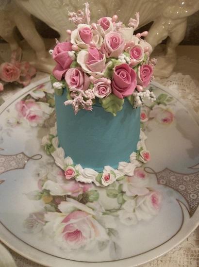 (Ashley Rose) Funky Junk Fake Cake