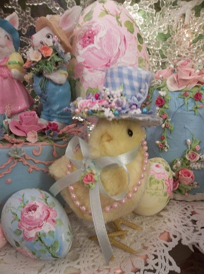 (Miss Blue Belle) Easter Decor Baby Chick In Gingham Hat Ready For The Easter Parade