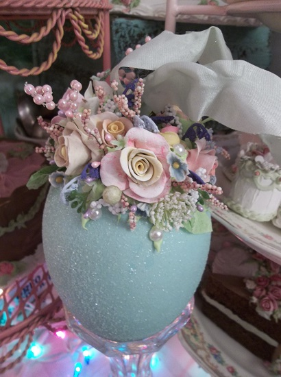 (Vintage Style Easter Egg) Easter Egg Decor