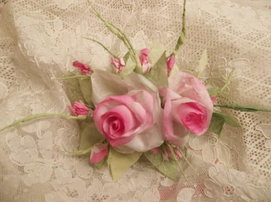(Ezra) Handmade Paper Rose Clip