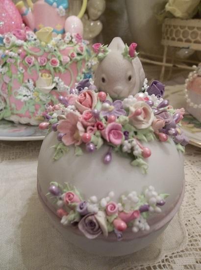 (Rose The Rabbit) Ceramic Bunny Trinket Box