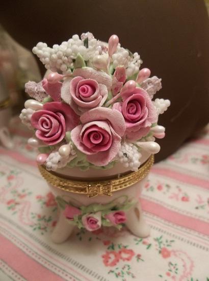 (Kirsten) Decorated Egg Trinket Box