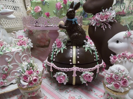 (Cocoa Lola) Decorated Resin Chocolate Bunny Egg Box