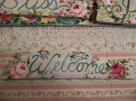 (Lilac Rose Welcome) Handpainted Sign