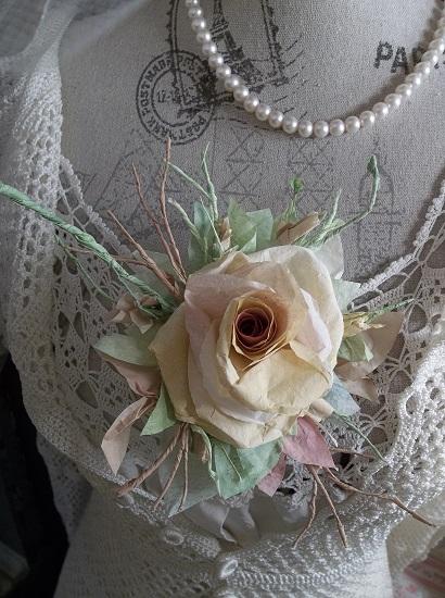 (Michelle Rose) Handmade Paper Rose Clip