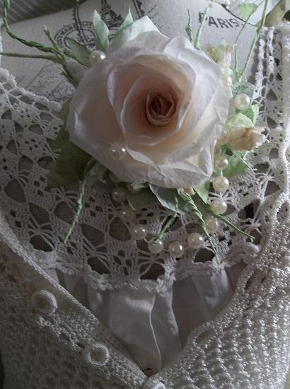 (Barbara In Pearls) Handmade Paper Rose Clip