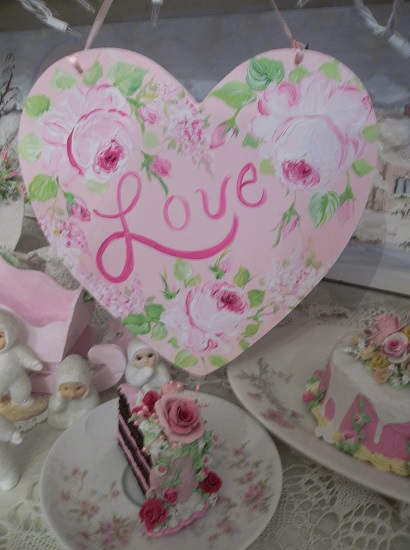 (Love On The Heart) Handpainted Heart Sign