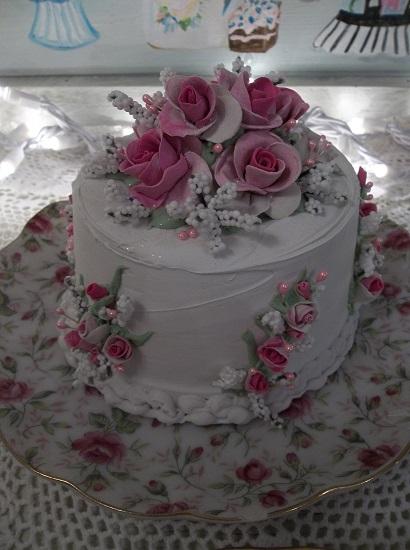 (Barbara) Fake Cake