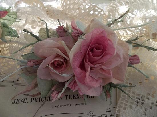 (Hester) Handmade Paper Rose Clip