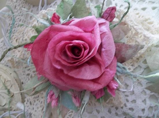 (September) Handmade Paper Rose Clip