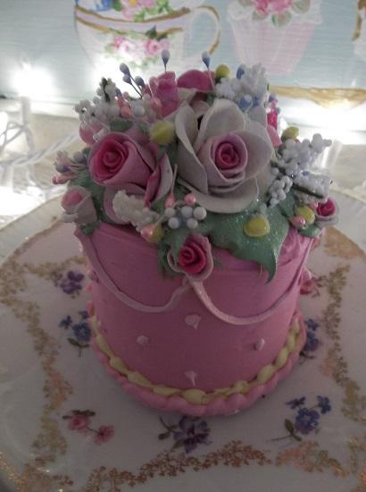 (Pink Lemonade) Funky Junk Fake Cake