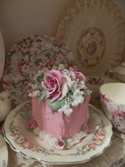 (Pretty Princess) Fake Cake Slice