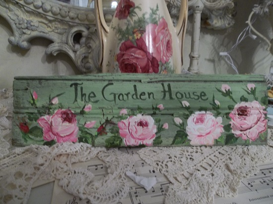(The Garden House) Handpainted Sign