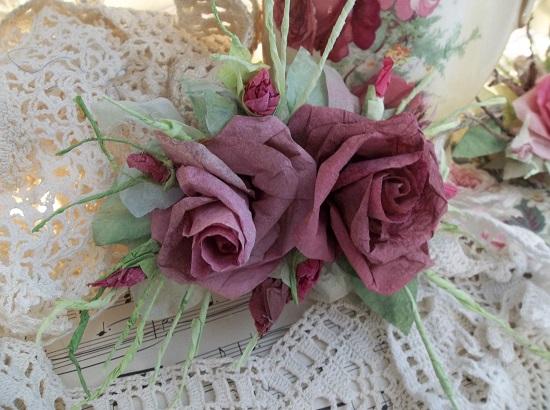 (Falon) Handmade Paper Rose Clip