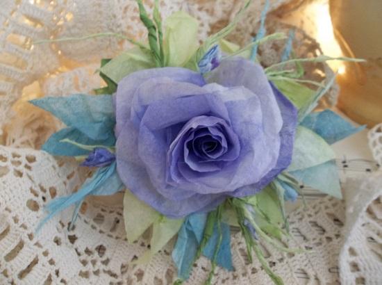 (Dame Wendy) Handmade Paper Rose Clip