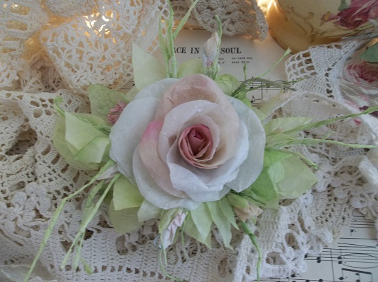 (Lady Ladonna) Handmade Paper Rose Clip