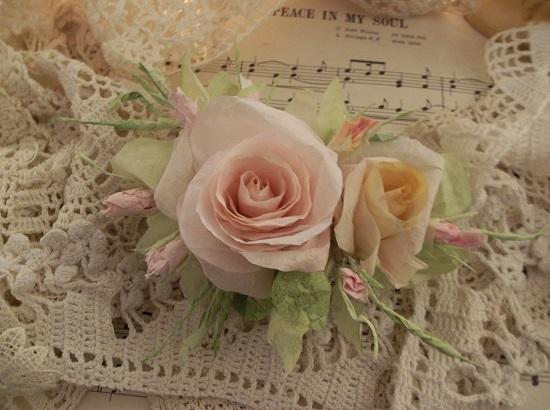 (Shellie) Handmade Paper Rose Clip