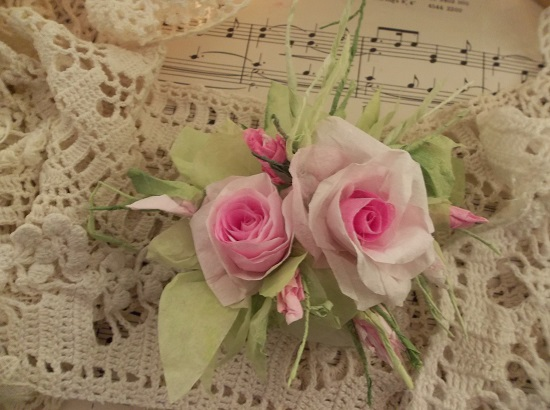 (Teana) Handmade Paper Rose Clip