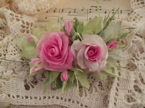 (Ulah) Handmade Paper Rose Clip