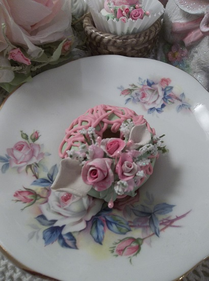 (Lily Dear) Decorated Mini Donut