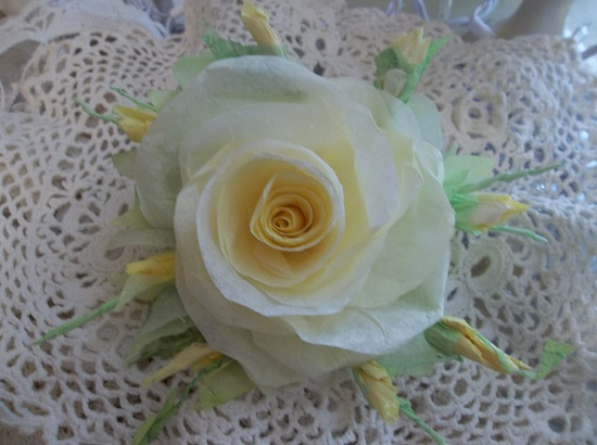(Lollie) Handmade Paper Rose Clip