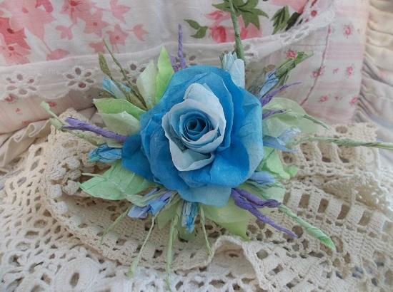 (Ariela) Handmade Paper Rose Clip