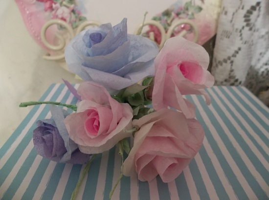 (Spring Day Dream) Bouquet Of 5 Handmade Paper Roses