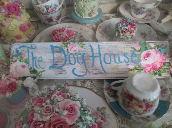 (The Dog House) Handpainted Sign