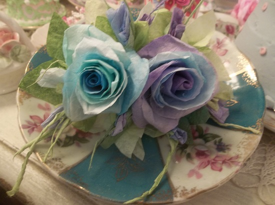 (Blue Eyes Violet Skies) Handmade Paper Rose Clip
