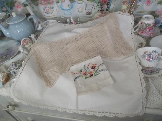 (The Vintage Home Collection) 3 Piece Tea Towel Set