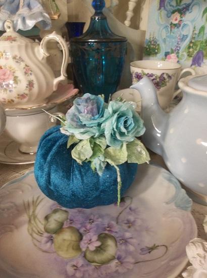 (Blue Violet) Decorated Foam Pumpkin
