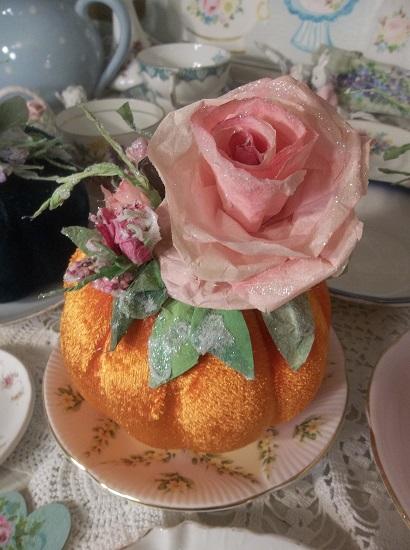 (Augusta Peach) Decorated Foam Velvet Pumpkin