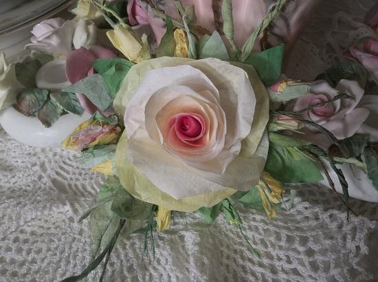 (Charlotte) Handmade Paper Rose Clip