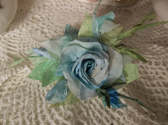 (Ariel) Handmade Paper Rose Clip