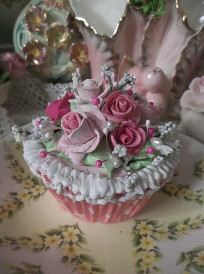 (Sweden Rose) Fake Cupcake