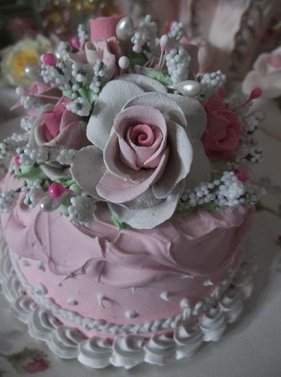 (Darling Dina) Funky Junk Fake Cake