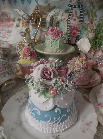 (Teresa) Fake Cake