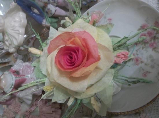 (Blazing) Handmade Paper Rose Clip
