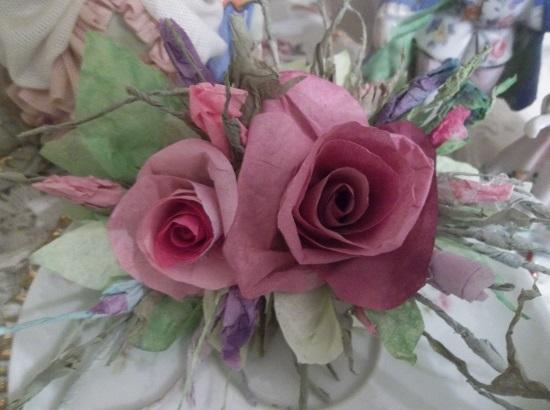 (Queen Elizabeth) Handmade Paper Rose Clip