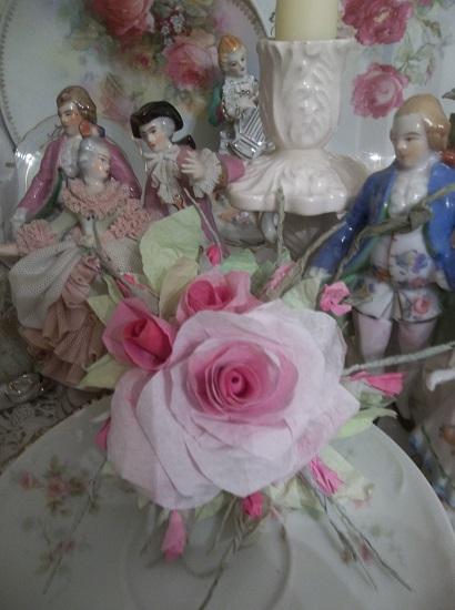 (Bessie) Handmade Paper Rose Clip