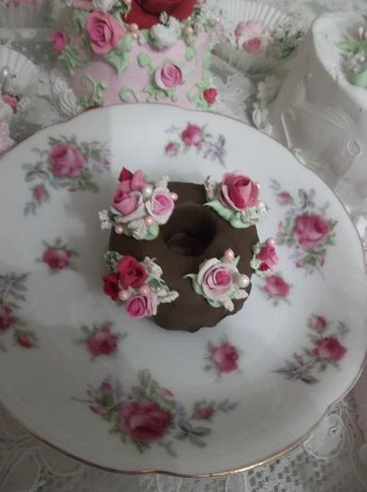 (Treatsie) Decorated Mini Donut