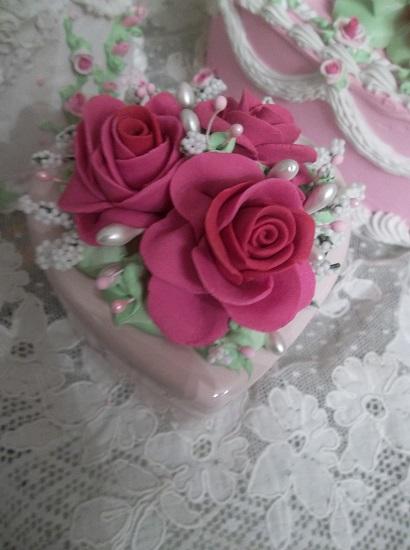 (Ulga Rosa) Decorated Trinket Box
