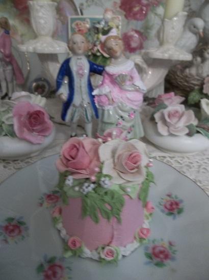 (Sweet Suzanne) Funky Junk Fake Cake